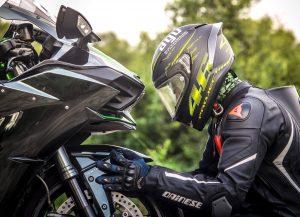 Moto et pilote
